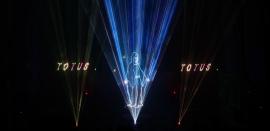 Pierwszy w diecezji tarnowskiej spektakl laserowy w brzeskiej farze - FILM I ZDJĘCIA