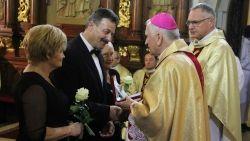 """Róża dla Matki Boskiej - 20-lecie działalności chóru """"Canticum Iubilaeum"""" z Limanowej"""